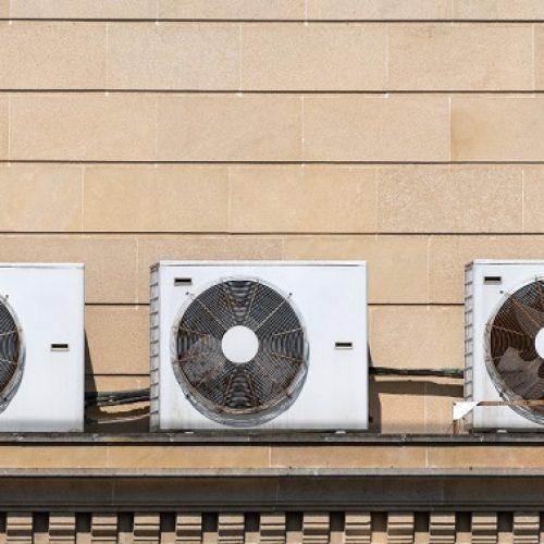air-conditioning-units-house-roof